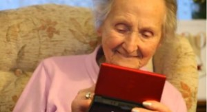 "Kathleen ""Kit"" Connell playing Nintendo at age 100 to keep her mind active"
